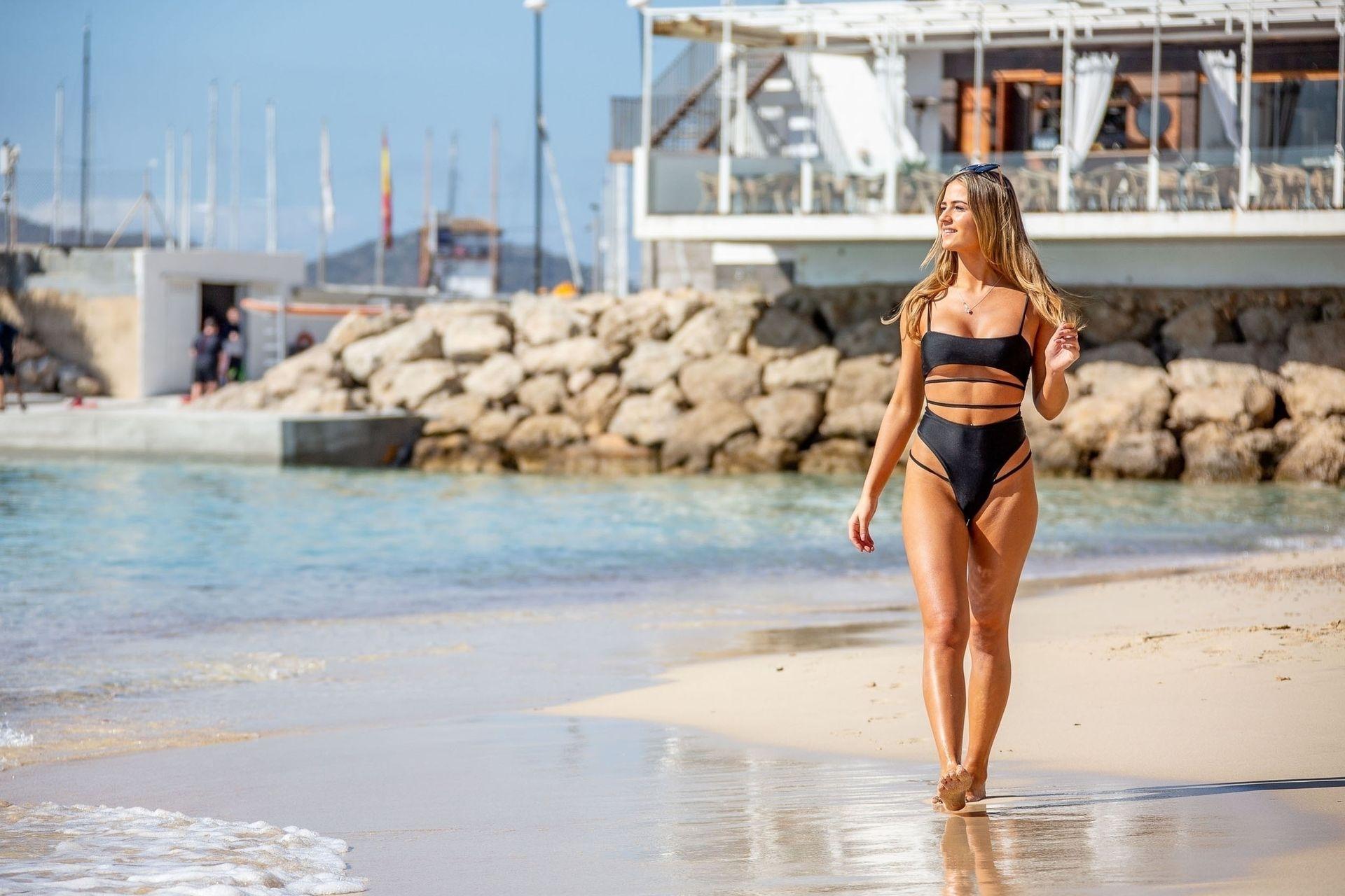 alicia-lane-bikini-pics
